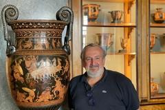 """Eremitage: Un museo straordinario caratterizzato da  tanti vasi pugliesi, provenienti da scavi archeologici"""""""