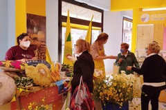 Festa della Mamma: fiori  e cuori solidali