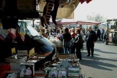 Canosa: sospensione del mercato settimanale di giovedi