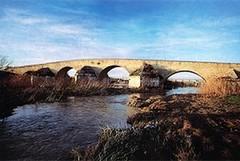 Ponte Romano: fondi per i lavori sulle pile di sostegno
