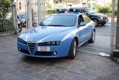 Chiaro tentativo di intimidire le donne e gli uomini della Polizia di Stato