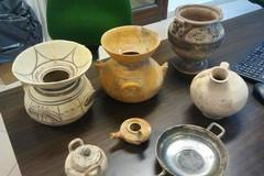 Sequestrati reperti archeologici in una abitazione privata