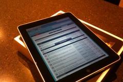 Il  Rotary dona 13 tablet alla Bovio-Mazzini