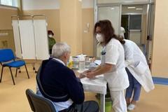 In corso le vaccinazioni a pazienti fragili, oncologici e caregiver