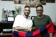 Claudio Dascoli  firma per il Canosa Calcio 1948