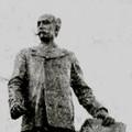 """Imbriani, il """"monumento abbattuto per la Guerra"""""""