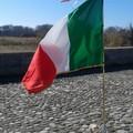 Sul Ponte romano sventola il Tricolore