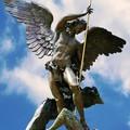 L'Arcangelo Michele nei Giardini del Vaticano