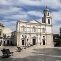 Un monumento in piazza a San Sabino