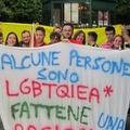 L'Arcigay BAT sfila nella città di Trani contro l'omofobia