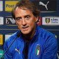 Il ct Roberto Mancini fa gli auguri al Canosa Calcio 1948