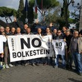 Bolkestein:sospendere bandi e procedure connesse