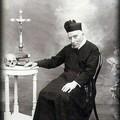 Invocando l'intercessione del Venerabile Padre Antonio Losito