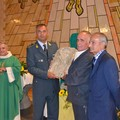 Un bassorilievo di San Matteo donato alle Fiamme Gialle