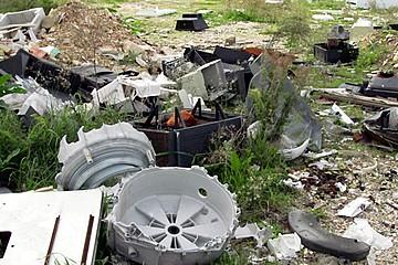 degrado rifiuti 1
