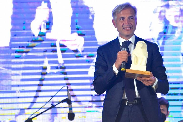 """A Sergio Fontana il premio """"VIRTU' E CONOSCENZA"""""""