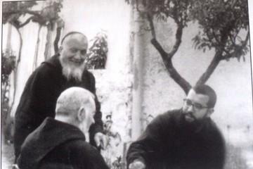 Fra' Celestino con Padre Pio 1960