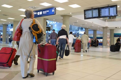 Vacanze- viaggi-aeroporto- turismo