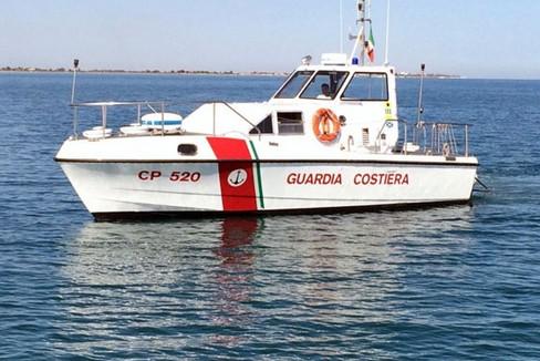 Motovedetta  CP 520 Guardiac Cstiera