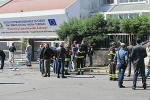 Scuola dell'attentato di Brindisi