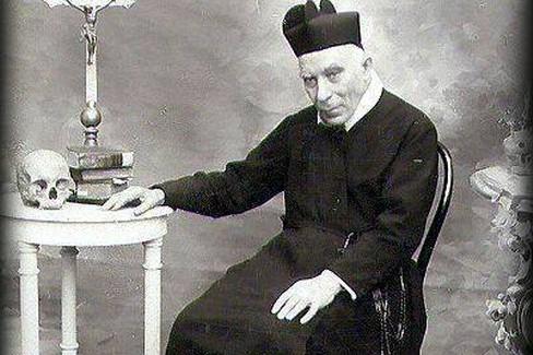 Padre A.M.Losito