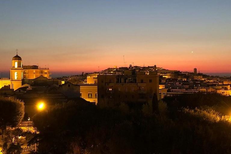 Canosa di Puglia notturna