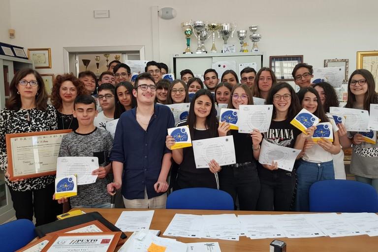 Il Liceo Fermi vince il Premio ScriViAmo
